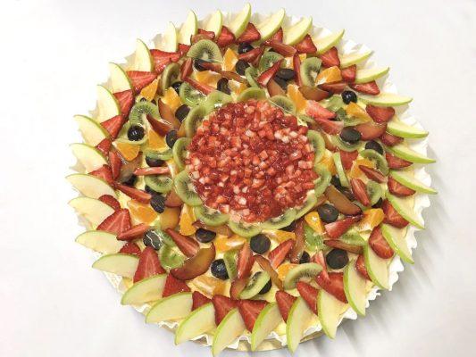 Apoteosi di frutta che assomiglia ad un quadro per il matrimonio di Sonia e Marco